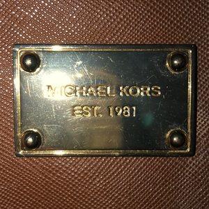 Michael Kors wristlet